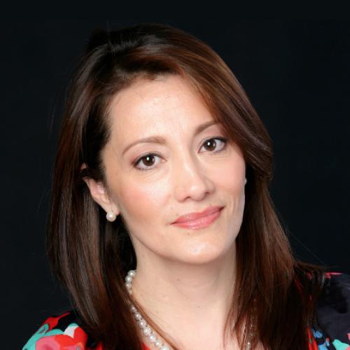Dra. Claudia Cruz