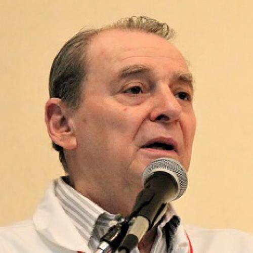 Dr. Alberto Arriola Valdés
