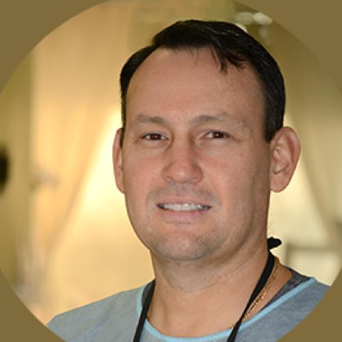 Dr. Francisco Macias