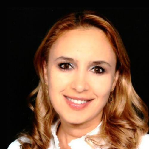 Dra. Luisa Macouzet Guerrero